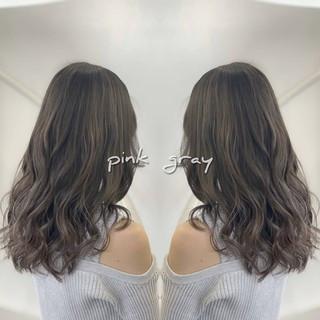 バレイヤージュ 3Dハイライト ロング ナチュラル ヘアスタイルや髪型の写真・画像