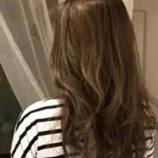 大人かわいい セミロング フェミニン グラデーションカラー ヘアスタイルや髪型の写真・画像