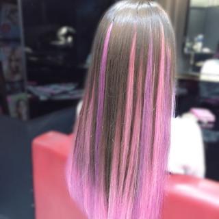 ビビッドカラー アッシュ ピンク エクステ ヘアスタイルや髪型の写真・画像