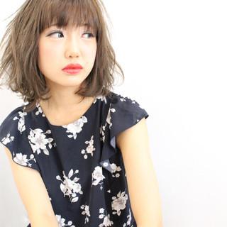 外国人風 ボブ ゆるふわ フェミニン ヘアスタイルや髪型の写真・画像