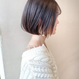 ミニボブ ミルクティーグレージュ ナチュラル 透明感カラー ヘアスタイルや髪型の写真・画像