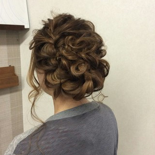 セミロング 上品 ヘアアレンジ エレガント ヘアスタイルや髪型の写真・画像 ヘアスタイルや髪型の写真・画像