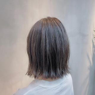 グレージュ 透明感カラー ナチュラル ラベンダーグレージュ ヘアスタイルや髪型の写真・画像
