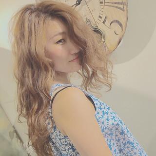 大人かわいい 外国人風 ロング 渋谷系 ヘアスタイルや髪型の写真・画像