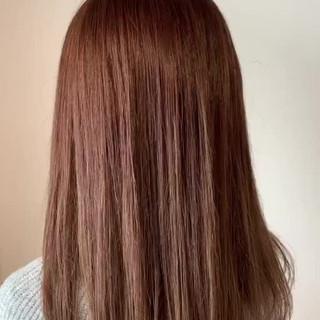 ロング ピンクベージュ ガーリー ラベンダーピンク ヘアスタイルや髪型の写真・画像