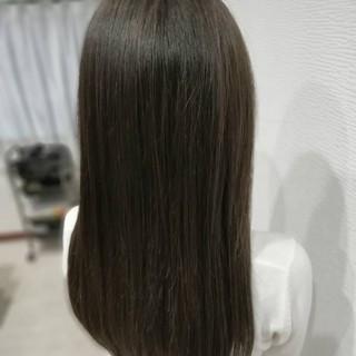 ロング ダークトーン 艶髪 クール ヘアスタイルや髪型の写真・画像