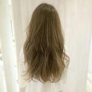 ハイライト グラデーションカラー ロング ナチュラル ヘアスタイルや髪型の写真・画像