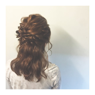 ショート 暗髪 セミロング ハーフアップ ヘアスタイルや髪型の写真・画像