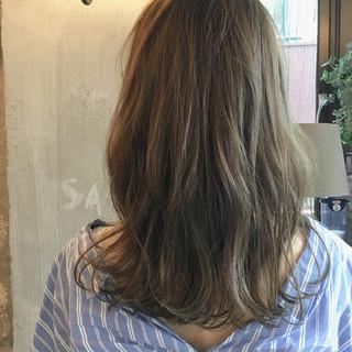 オフィス リラックス ナチュラル 秋 ヘアスタイルや髪型の写真・画像