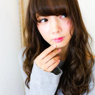 ロング 外国人風 グラデーションカラー アッシュ ヘアスタイルや髪型の写真・画像