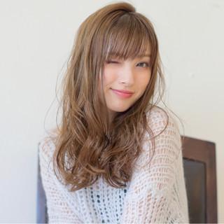 ハイライト ピュア 外国人風 ロング ヘアスタイルや髪型の写真・画像