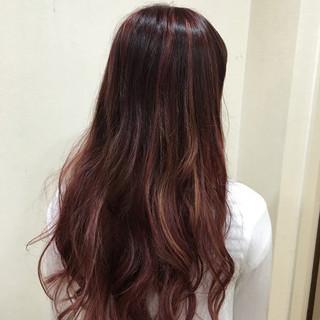 イルミナカラー グラデーションカラー レッド ピンク ヘアスタイルや髪型の写真・画像