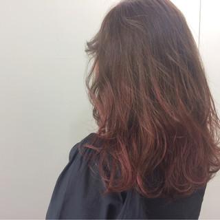 ダブルカラー ハイトーン ロング ウェーブ ヘアスタイルや髪型の写真・画像