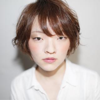 大人かわいい 外国人風 ショート 前髪あり ヘアスタイルや髪型の写真・画像