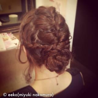 三つ編み まとめ髪 編み込み フェミニン ヘアスタイルや髪型の写真・画像