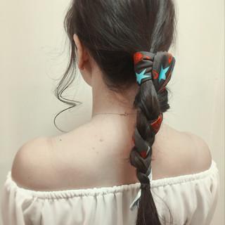 ヘアアクセ ロング ヘアアレンジ 編み込み ヘアスタイルや髪型の写真・画像
