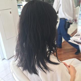 抜け感 黒髪 アッシュ ウェットヘア ヘアスタイルや髪型の写真・画像