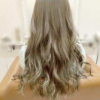 イルミナカラー ロング アッシュ 外国人風 ヘアスタイルや髪型の写真・画像