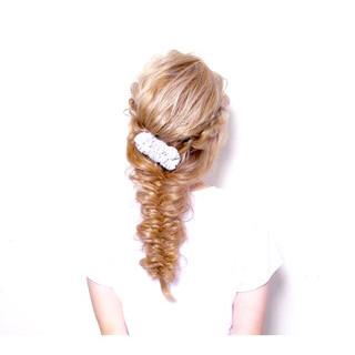 ゆるふわ ロング フィッシュボーン ヘアアレンジ ヘアスタイルや髪型の写真・画像