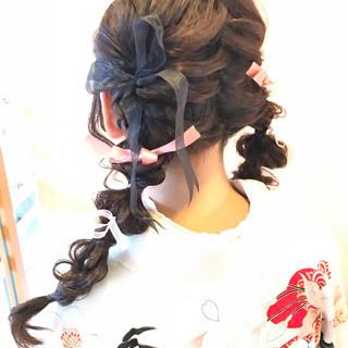 編み込み ロング ヘアアレンジ 謝恩会 ヘアスタイルや髪型の写真・画像