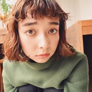 パーマ グラデーションカラー 簡単 前髪あり ヘアスタイルや髪型の写真・画像