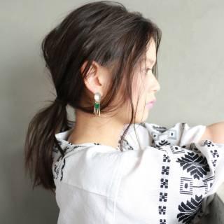 ポニーテール ナチュラル 黒髪 セミロング ヘアスタイルや髪型の写真・画像