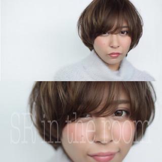 アッシュ ナチュラル 色気 ショート ヘアスタイルや髪型の写真・画像 ヘアスタイルや髪型の写真・画像