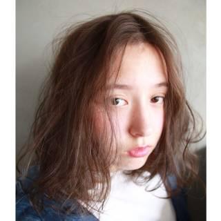 センターパート 外国人風 ボブ 春 ヘアスタイルや髪型の写真・画像
