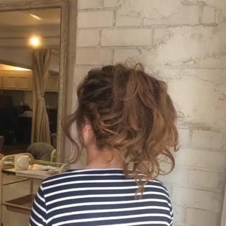 ヘアアレンジ ブラウン 外国人風 ロング ヘアスタイルや髪型の写真・画像 ヘアスタイルや髪型の写真・画像