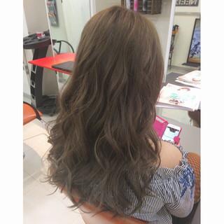 ブルージュ ベージュ フェミニン ロング ヘアスタイルや髪型の写真・画像