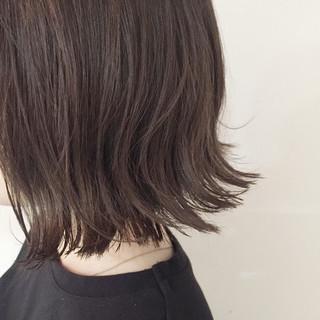 色気 切りっぱなし 外国人風 ボブ ヘアスタイルや髪型の写真・画像 ヘアスタイルや髪型の写真・画像