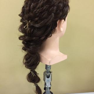 ヘアアクセ ヘアアレンジ くるりんぱ ロング ヘアスタイルや髪型の写真・画像