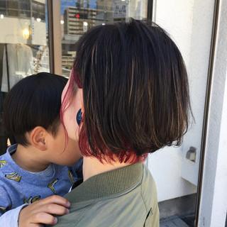 インナーカラー ハイライト ストリート ピンク ヘアスタイルや髪型の写真・画像