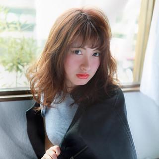 シースルーバング ストリート 大人女子 フェミニン ヘアスタイルや髪型の写真・画像