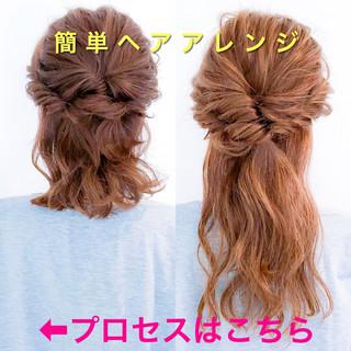 ショート フェミニン 簡単ヘアアレンジ ヘアアレンジ ヘアスタイルや髪型の写真・画像