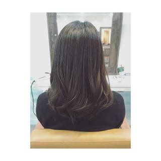 フェミニン 大人かわいい ミディアム ナチュラル ヘアスタイルや髪型の写真・画像 ヘアスタイルや髪型の写真・画像
