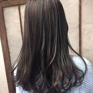 ストリート ブルージュ グレージュ 外国人風カラー ヘアスタイルや髪型の写真・画像 ヘアスタイルや髪型の写真・画像