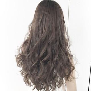 暗髪 外国人風 くせ毛風 大人かわいい ヘアスタイルや髪型の写真・画像