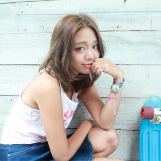 ミディアム かわいい 外国人風 ストリート ヘアスタイルや髪型の写真・画像