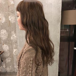 オフィス ヘアアレンジ ゆるふわ アンニュイ ヘアスタイルや髪型の写真・画像