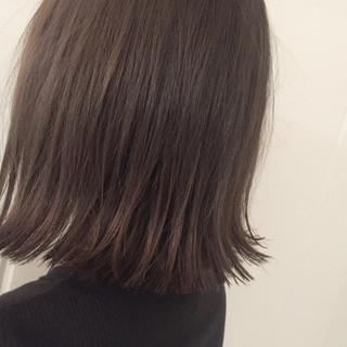 切りっぱなし 暗髪 ストリート アッシュ ヘアスタイルや髪型の写真・画像