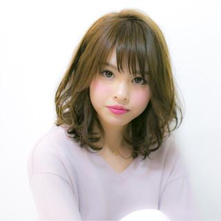 ミディアム 大人かわいい モテ髪 ナチュラル ヘアスタイルや髪型の写真・画像