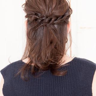 上品 エレガント イルミナカラー 編み込み ヘアスタイルや髪型の写真・画像 ヘアスタイルや髪型の写真・画像