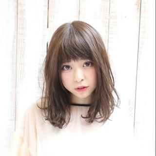 パーマ デート 秋 ガーリー ヘアスタイルや髪型の写真・画像
