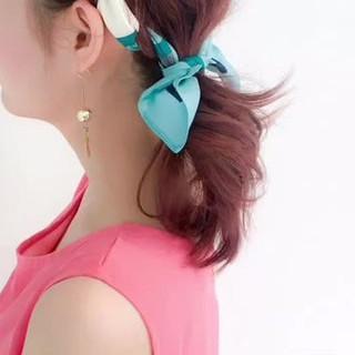 フェミニン ルーズ ミディアム リゾート ヘアスタイルや髪型の写真・画像