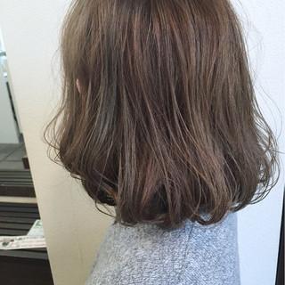 大人かわいい ブルージュ ナチュラル ミディアム ヘアスタイルや髪型の写真・画像
