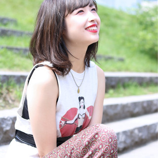 透明感 ミディアム 秋 アッシュ ヘアスタイルや髪型の写真・画像