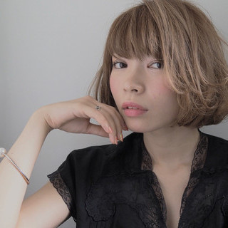 アッシュ ゆるふわ 外国人風 ナチュラル ヘアスタイルや髪型の写真・画像