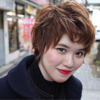 外国人風 ショート 外ハネ モード ヘアスタイルや髪型の写真・画像