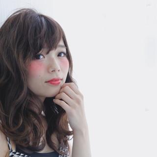 ナチュラル 渋谷系 ミディアム 暗髪 ヘアスタイルや髪型の写真・画像